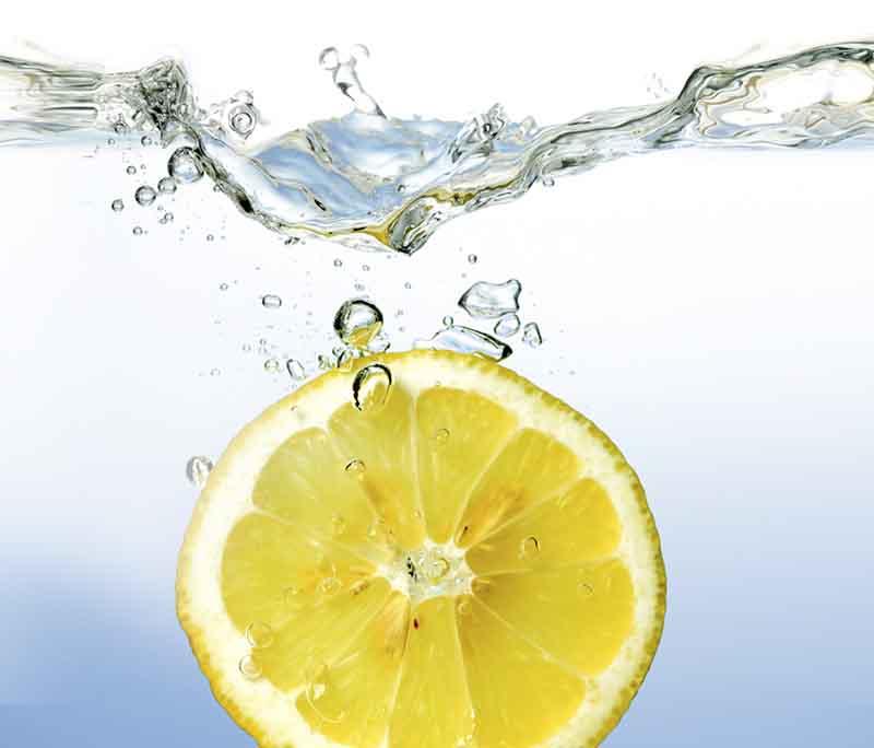 Meer energie? Drink water met citroen
